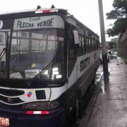 64f98836417104-vendo-bus-mercedes-benz-37138
